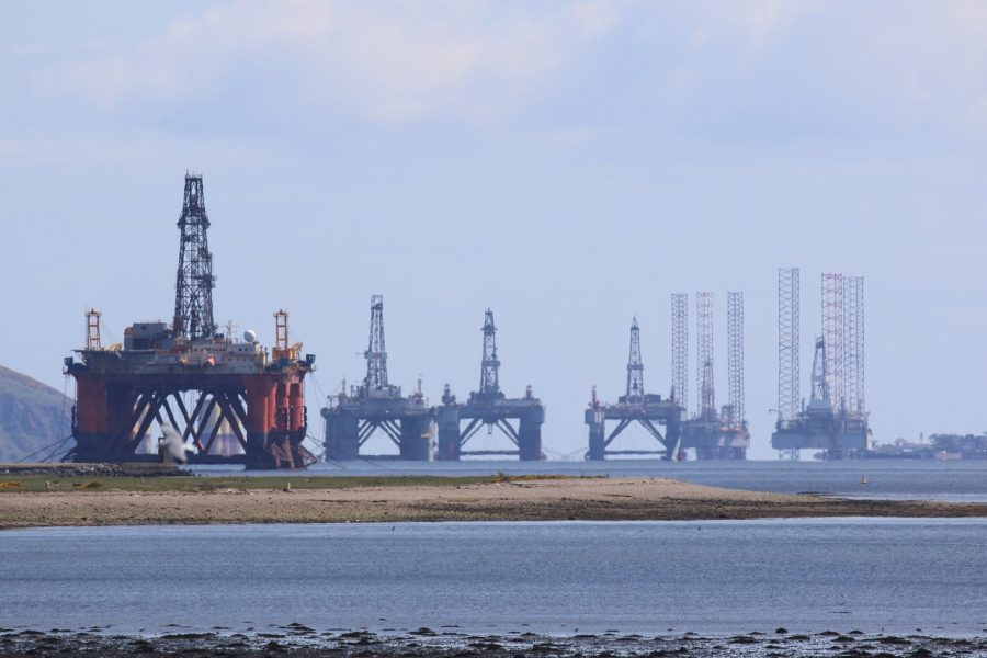 oil-rig-3789758_1280